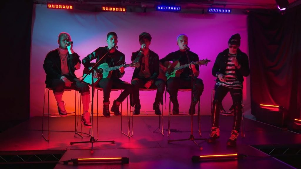 "CNCO - ""Pretend"" Live Performance"